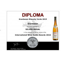 Etiqueta Verde 2015 Silbermedaille International Wine Guide Awards 2016